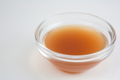 Apple Cider Vinegar via Flickr: veganbaking.net